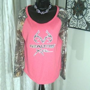 Realtree shirt medium